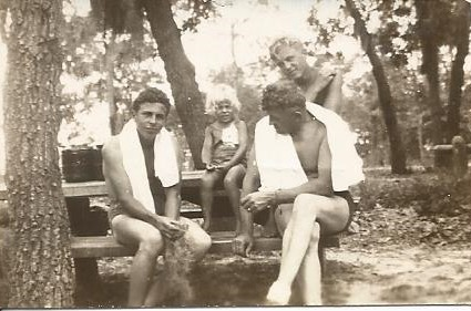 1941- Paul, Virginia, Buddy and Mat